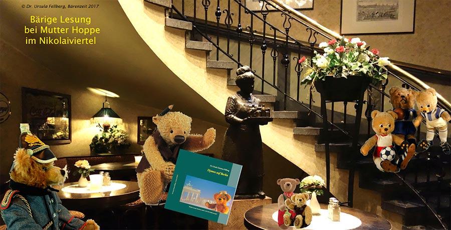 Dr. Ursula Fellberg: Teddybären Der Sammlung Fellberg Präsentieren Sich Im  Foyer Von Mutter Hoppe